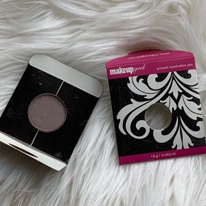BNWB makeupgeek eyeshadow in prom night